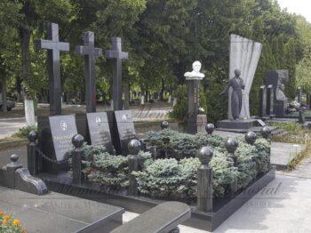 Кресты из гранита фото