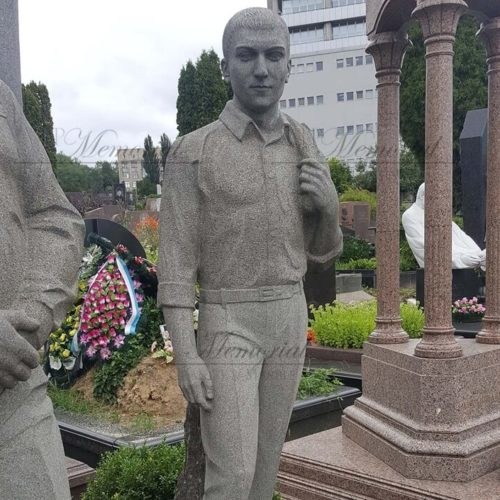 Скульптура из гранита фото