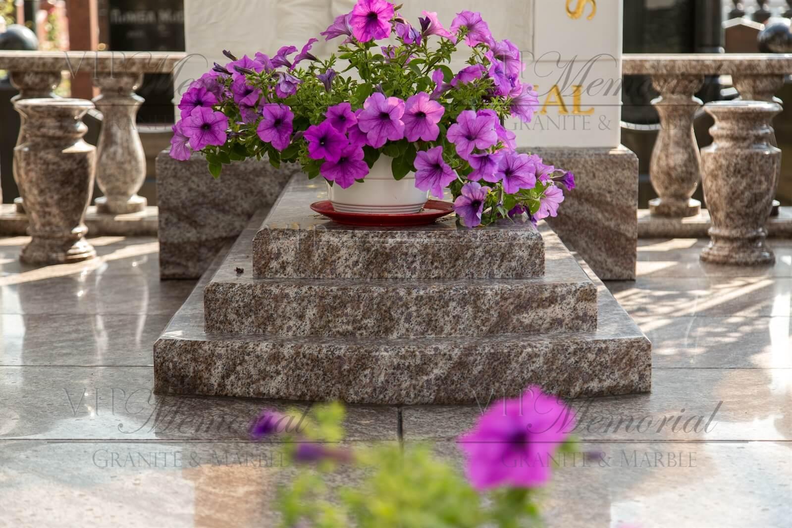 Надгробные плиты фото