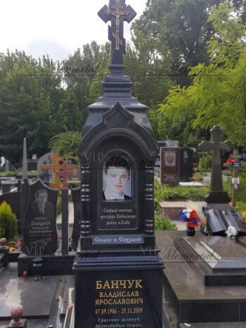 Памятник в виде часовни фото