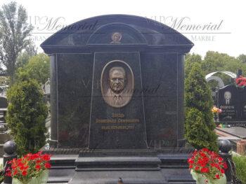 Гранитный памятник фото