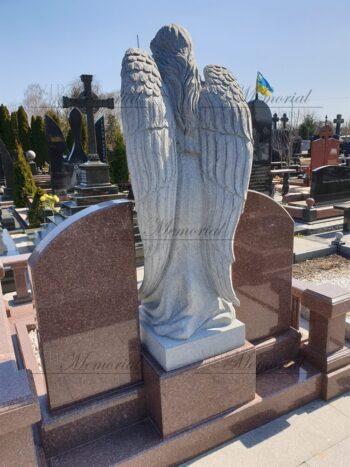 Скульптура ангела из гранита фото