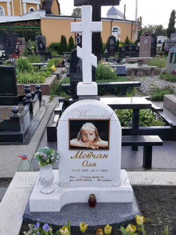 Детский памятник фото
